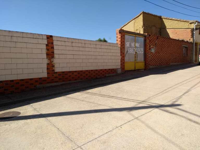 Solar Calle Plaza del Ayuntamiento Villardondiego