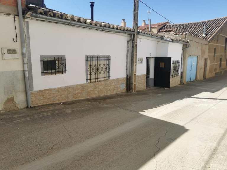 Casa en Rioseco (Malva)