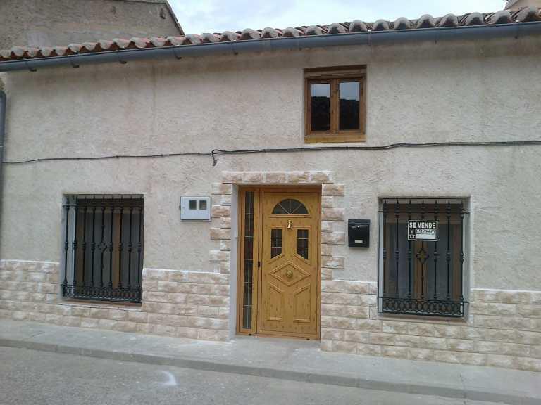 Casa en Casasola de Arion.