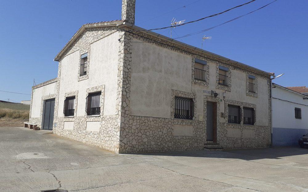 Casa en Fuentelapeña