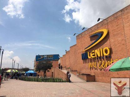 Vendo 2 locales en Milenio Plaza, Patio Bonito, Bogota