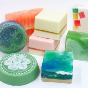 Basic melt and pour soap tutorial