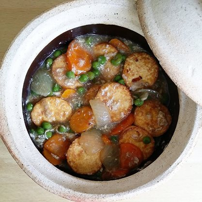 claypot egg tofu and veges