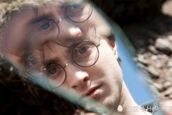 《哈利波特》被忽略的小細節!你發現了嗎?光是電影片頭就是一個大彩蛋!- 我們用電影寫日記