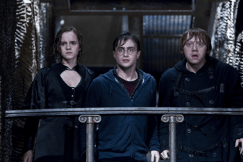 《哈利波特》為了拍攝好「最後一場戲」,不惜搭景再重拍,網友笑稱:真的是強迫症劇組! - 我們用電影寫日記