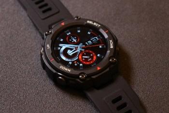 [開箱]華米科技 Amazfit T-Rex 智能手錶,通過美國軍規認證堅固耐用、支援14種運動模式,戴出十足的運動風格