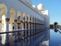 Meczet w Abu Dabi - pomieści 40 tysięcy osób