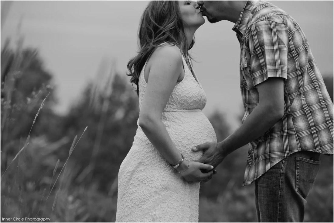 male_maternity_InnerCirclePhoto_022 Megan + Donny :: Maternity