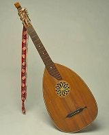 Ein fast vergessenes Instrument, die Laute