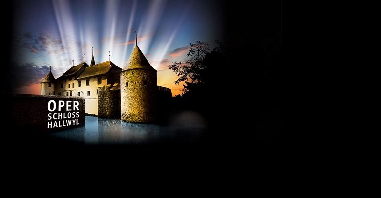 """Spielstätte der Oper """"Die Zauberflöte"""": Schloss Hallwyl im Luzerner Seetal"""