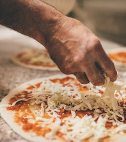 Pizza Making with Bottomless Prosecco