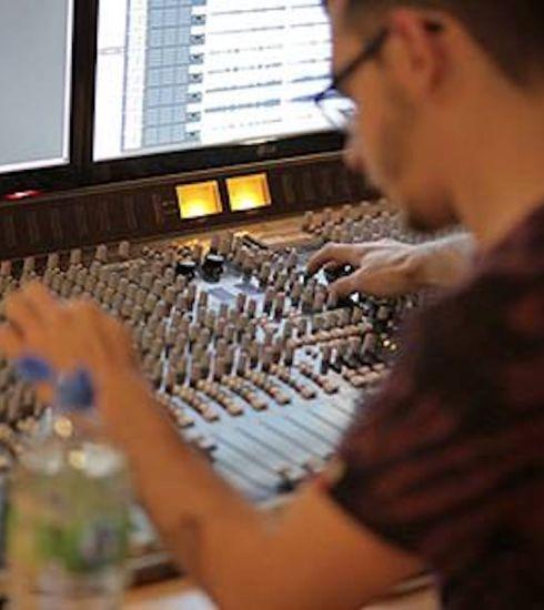 Deluxe Recording Studio Session in Newcastle