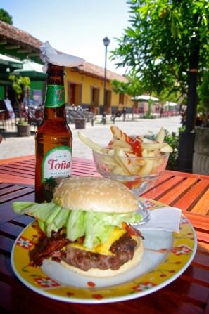 Cheeseburger & Fries