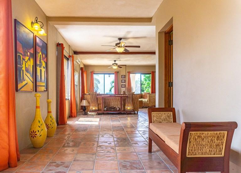 Casa Vista Mar: foyer