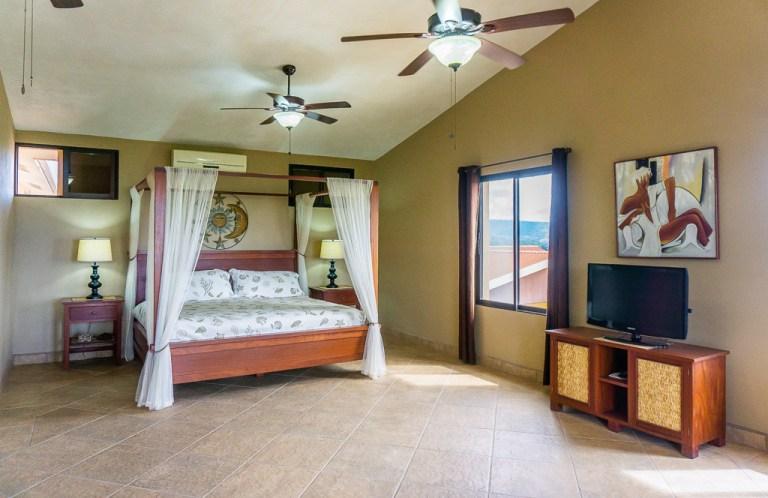 Master bedroom: Casa Vista Mar, San Juan del Sur, Nicaragua