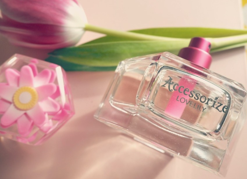 A review of Accessorize Lovely Perfume at Innocent Charms Chats