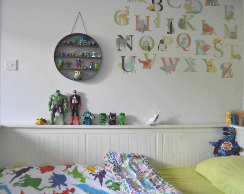 A look at a boys bedroom who loves colour and dinosaurs