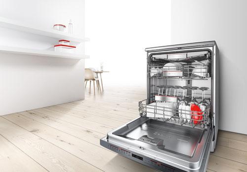 Bulaşık makinesinde kabı yıkamak
