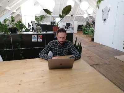 Nicolas Oppliger en train de travailler