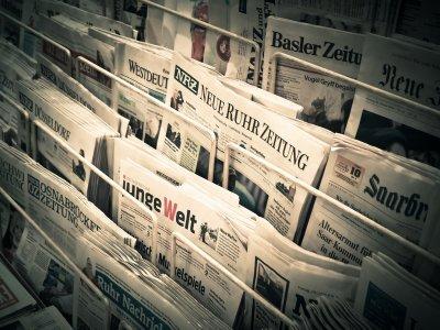 Devanture de plusieurs journaux germanophone