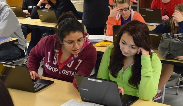 , 1:1 Initiative Launched this Fall in Junior High Schools, ICCSD Technology & Innovation Blog