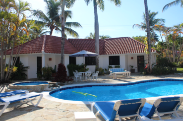 Garden by the Sea Pool