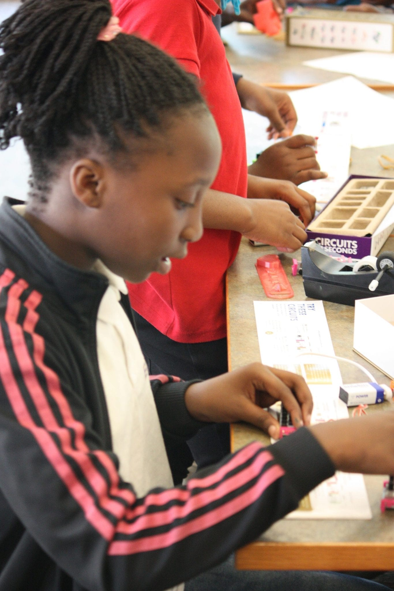 Fun with Circuits - Hillsborough County Public Library