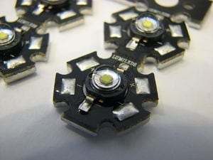 300px-2007-07-24_High-power_light_emiting_diodes_(Luxeon,_Lumiled)