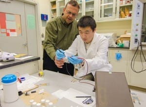NJIT Professor Invents a Flexible Battery