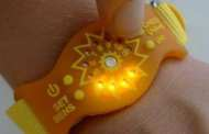 Sunfriend UV wristband encourages healthy sun exposure without sunscreen