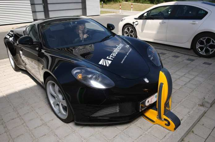 Charging electric cars by induction is still a distant vision. By installing the charging system at the front of the vehicle, scientists have found a new efficient and cost-effective approach.