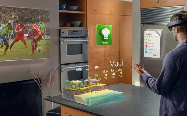 Microsoft HoloLens: A Sensational Vision of the PC's Future