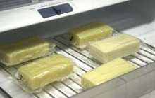 Edible food packaging film made from milk proteins