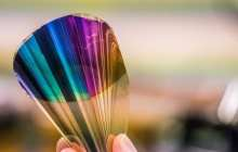 Bendable electronic paper displays whole colour range uses 10 times less power