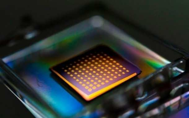 Opening up the possibility of commercializing inexpensive electronic devices based on a variety of 2-D materials