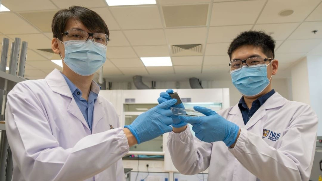 AiFoam was created by a team led by Asst Prof Benjamin Tee (left). Mr Guo Hongchen (right), a member of the research team, is holding a sample of the smart foam