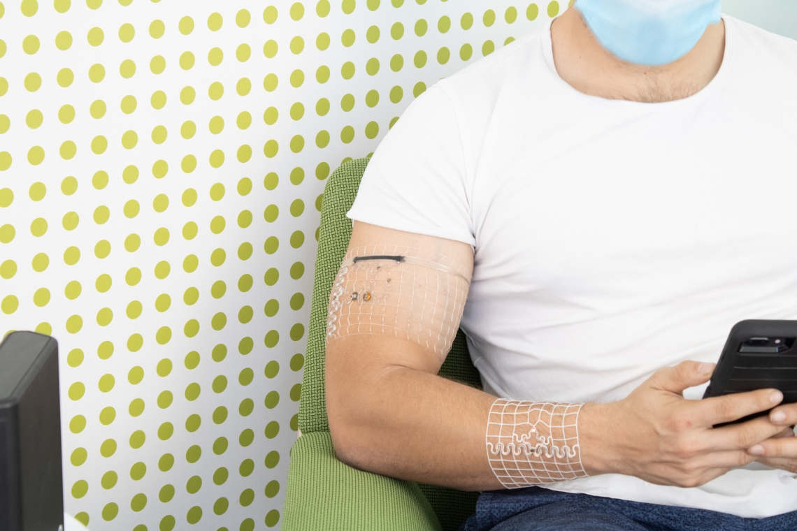 University of Arizona engineers have developed a way to 3D-print medical-grade wearable devices, such as this one, based on body scans of the wearer.Philipp Gutruf/College of Engineering