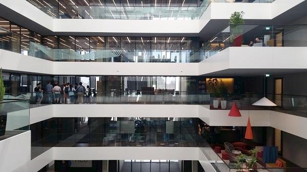 Neue AEB-Firmenzentrale in Stuttgart-Möhringen