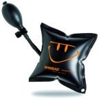 Le coussin Win-bag permet de pré-positionner correctement une fenêtre sans effort avant sa fixation.