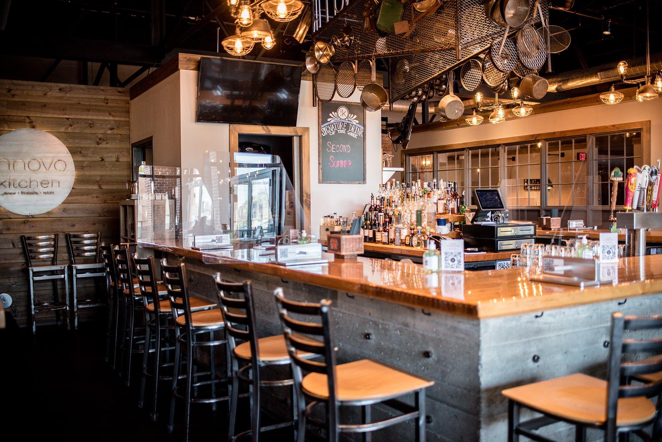 Innovo Kitchen Bar 1