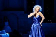 Christina Poulitsi - Opera Singer