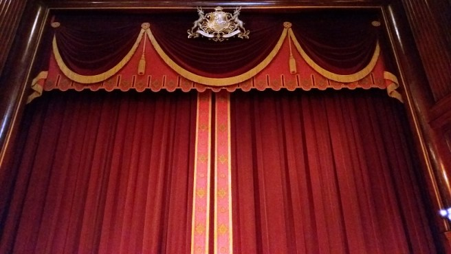 the-mousetrap-stage