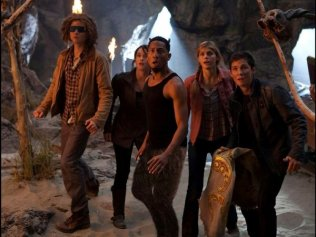 percy-jackson-sea-monsters-brandon-t-jackson-logan-lerman