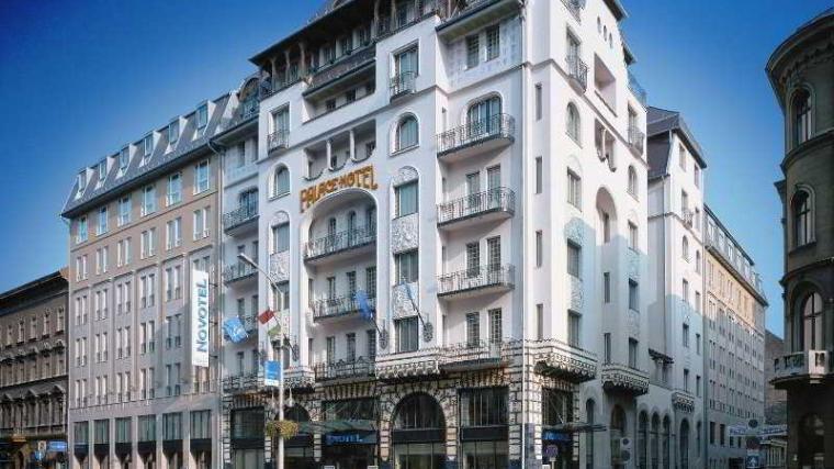 hotel-novotel-budapest-centrum-photos-exterior