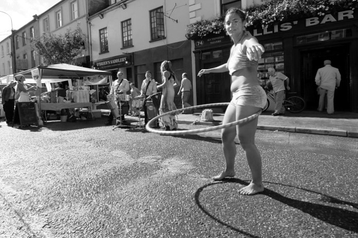 Hula hoop dancer