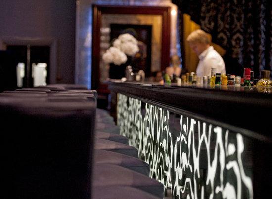 Réunion Bar at The Grosvenor Hotel