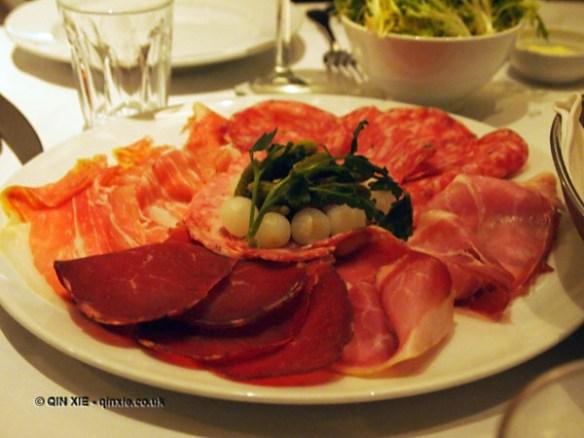 Charcuterie platter at Le Café Anglais