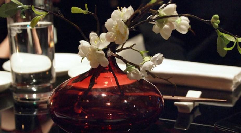 Table decoration, sushi making at Ichi Sushi and Sashimi Bar