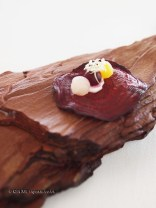 Beetroot crisp, beetroot and cream, Mirazur, Menton