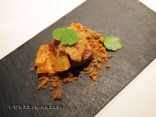 Chippings of puffed lamb, caramel coat, Mugaritz, Errenteria